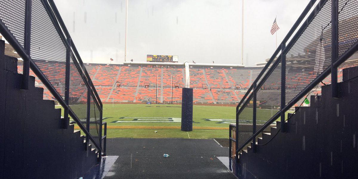 Southern Miss-Auburn football resumes after weather delay