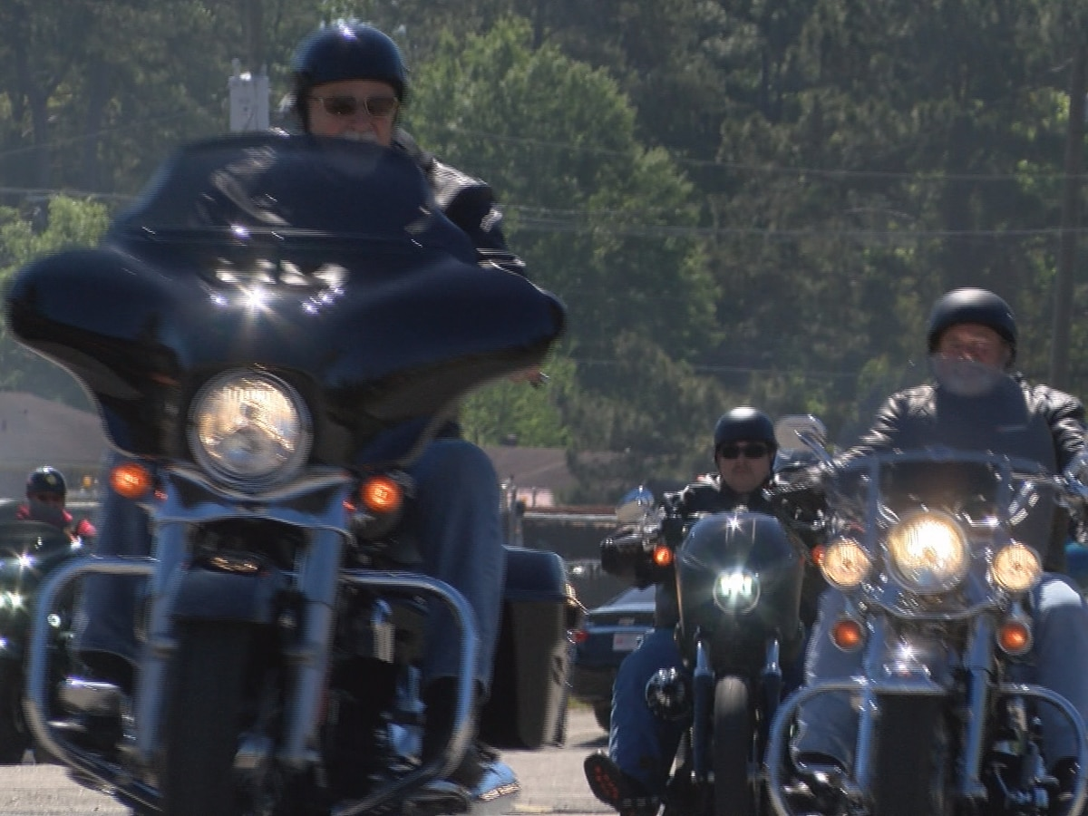 Annual motorcycle ride honors fallen HPD officers Deen, Tate