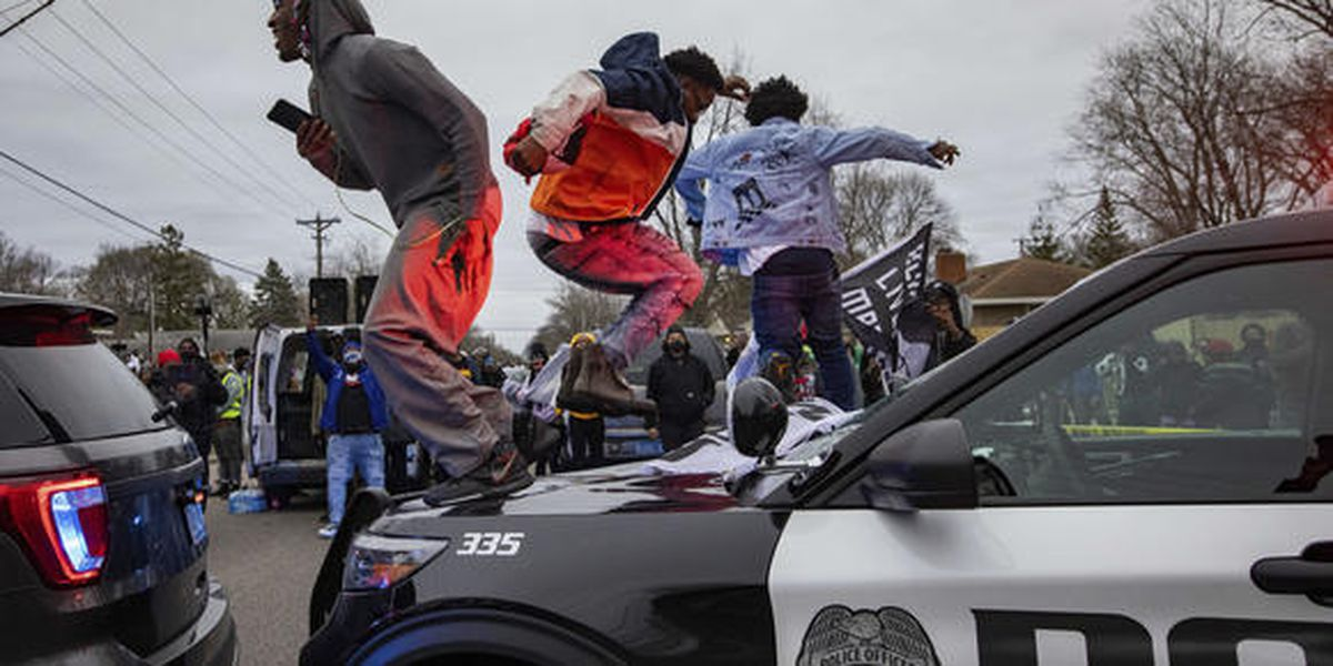 Traffic stops under heightened scrutiny following incidents in other states