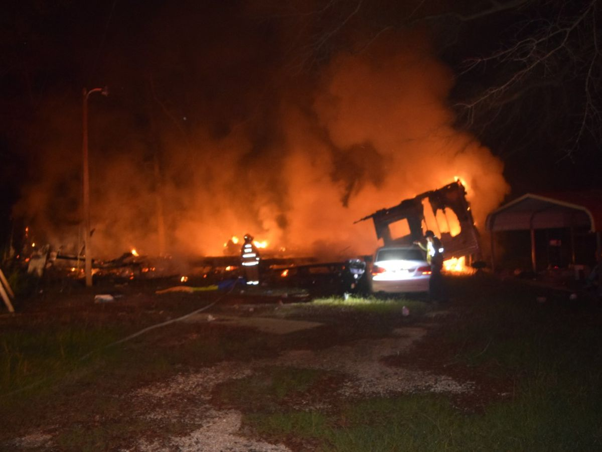 Family loses home to Sunday fire in Jones County
