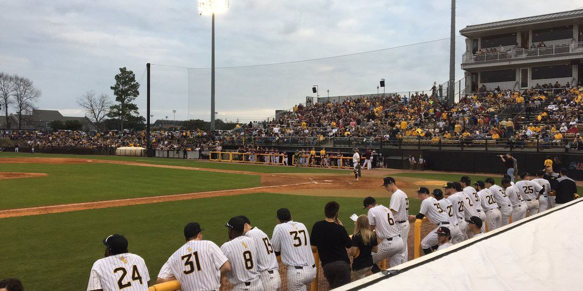 Southern Miss opens season with win over MSU, 11-0