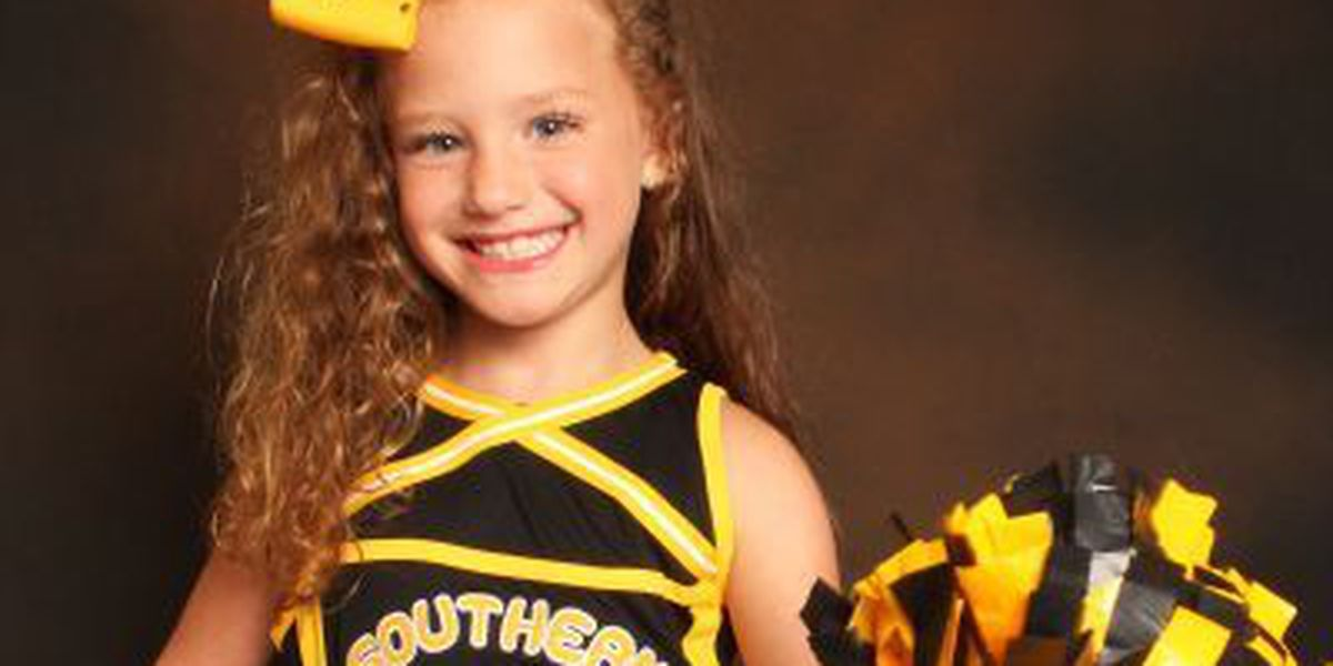 FGH announces junior cheerleader, football play and darlin' of the game