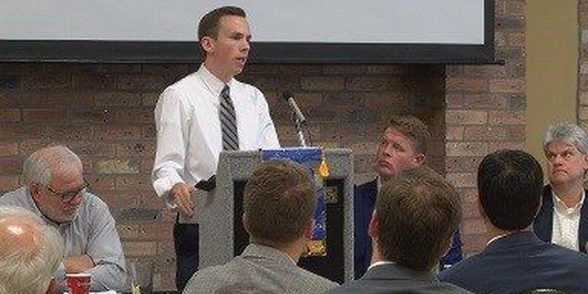 New state auditor speaks to Hattiesburg Rotary Club