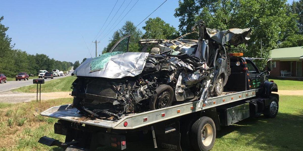 One dead, two children injured in Perry County accident