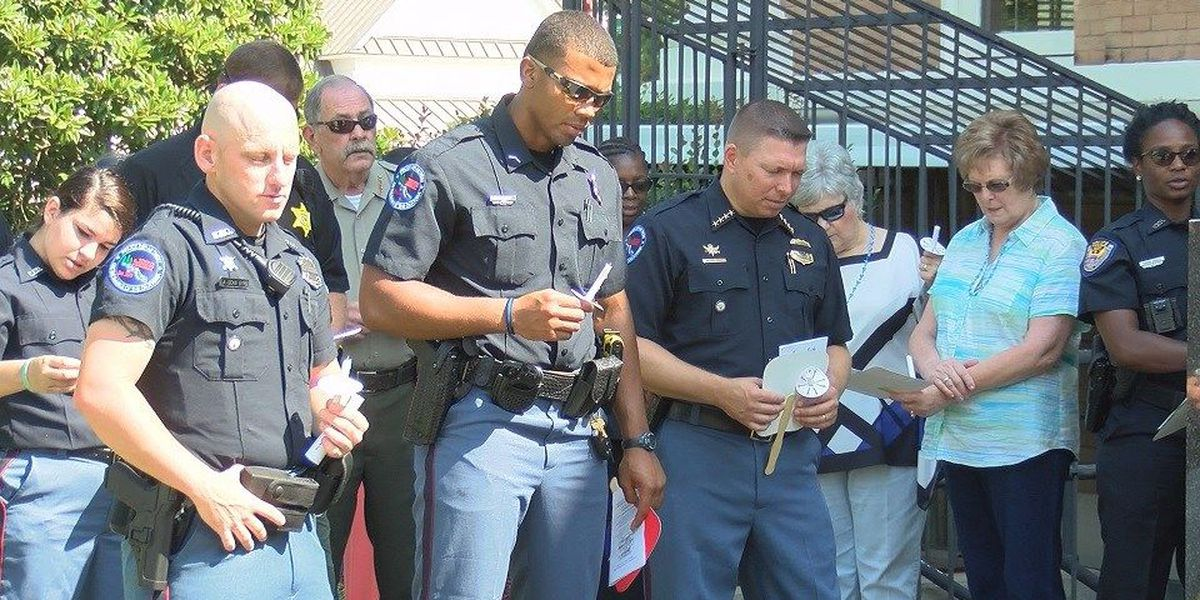 Covington County prayer vigil honors fallen and local police officers