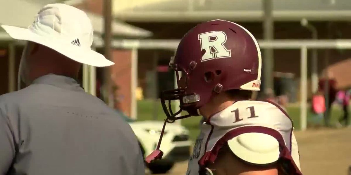 Lumberton looks to fight off scrappy Richton Rebels