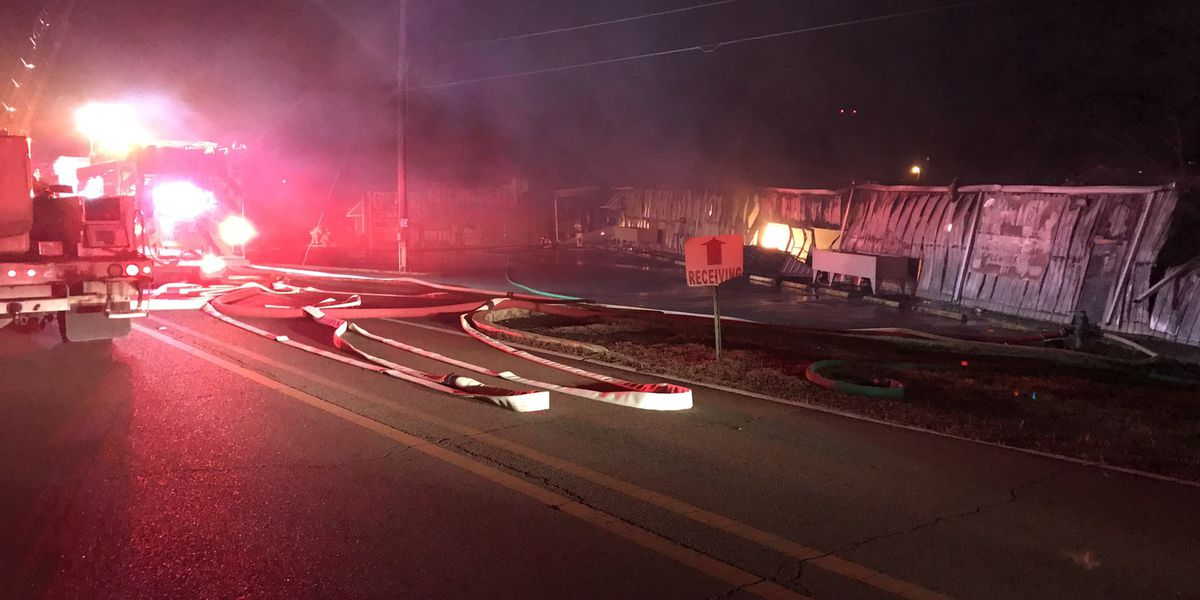 Fire destroys Shirley's of Collins overnight