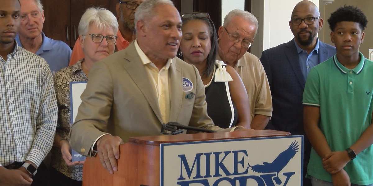 Former Bay State governor campaigns for Mike Espy in Hattiesburg