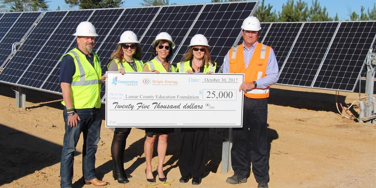 Energy companies donate $25,000 to Lamar County school district