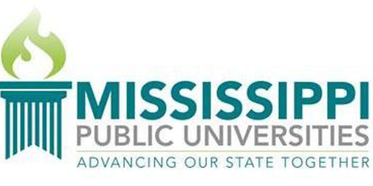Board of Trustees extends contract for Southern Miss President