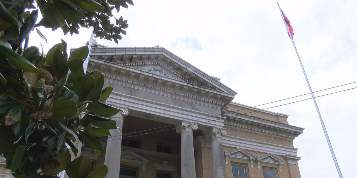 Jones Co. supervisors looking into courthouse improvements