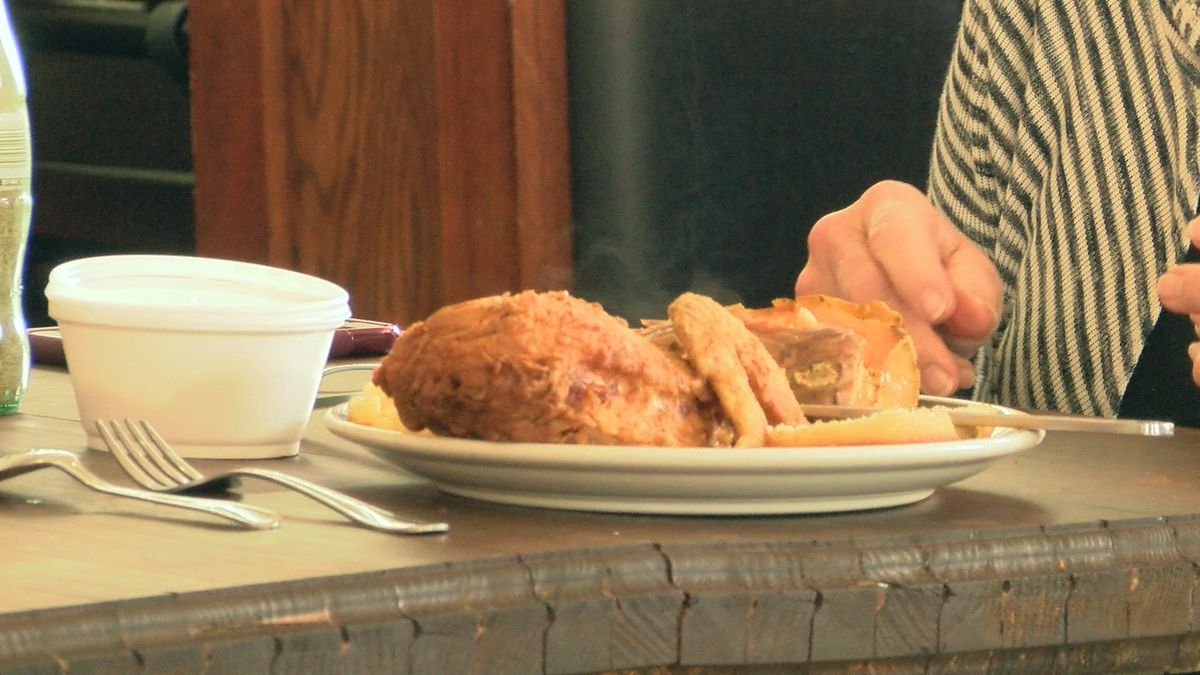 7 On The Road: Pearl's Diner puts the 'south' in southern cooking