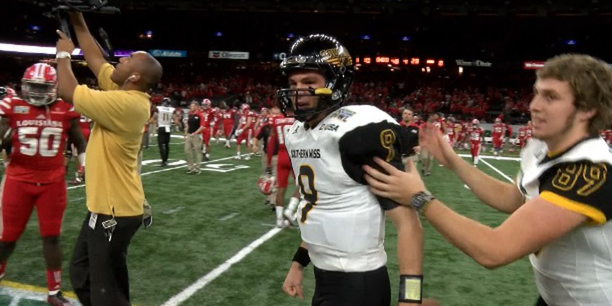 USM's Nick Mullens promoted to 49ers active roster
