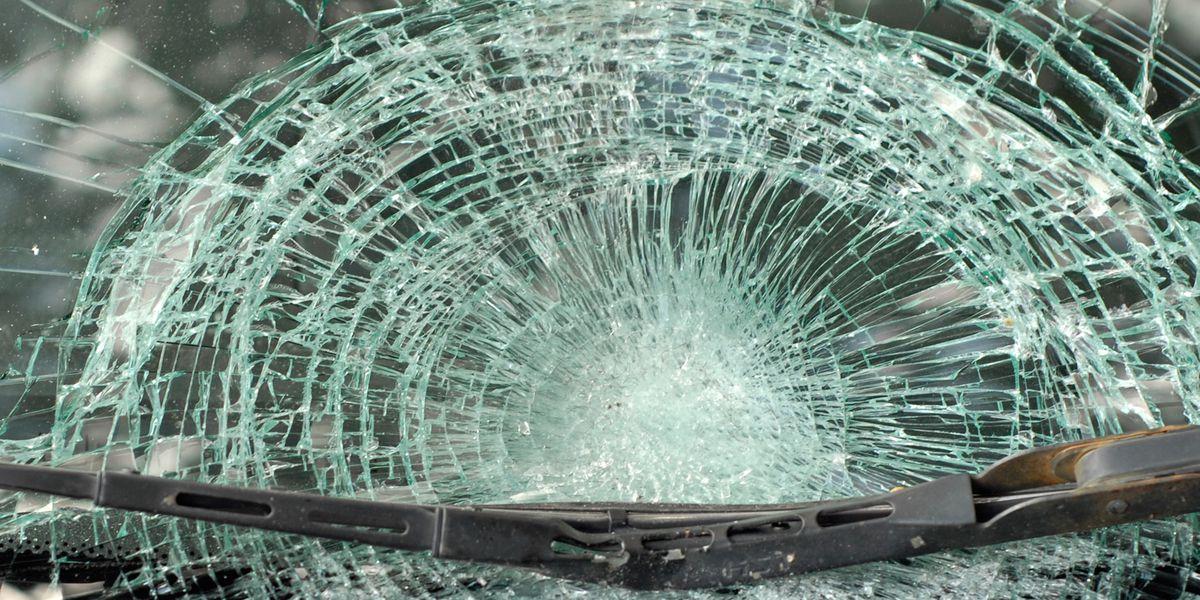 Woman killed, infant injured in Wayne County crash