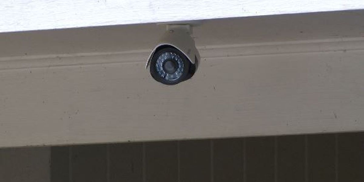 Wayne County authorities give tips on preventing burglaries during holidays