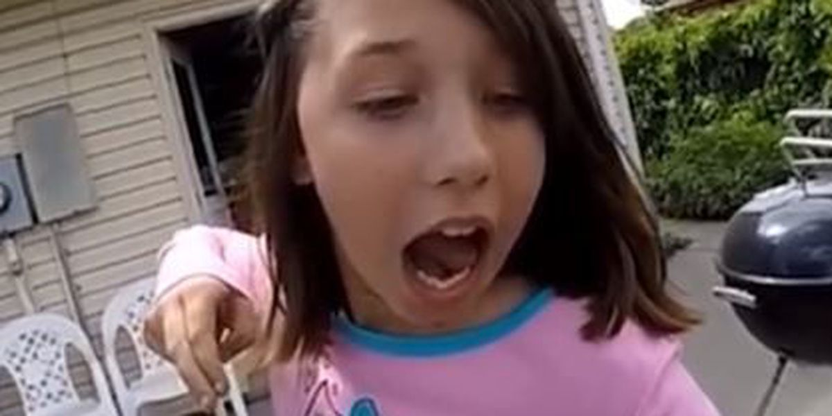 VIDEO: Girl uses slingbow to pull out tooth