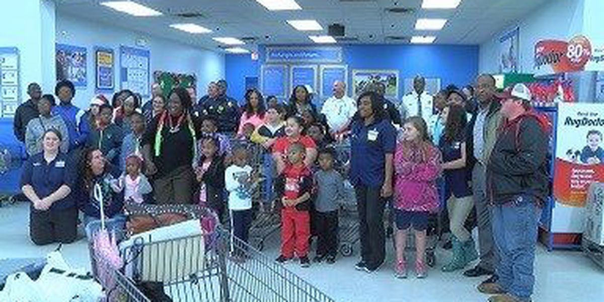 Hattiesburg police, firefighters take kids on holiday shopping spree