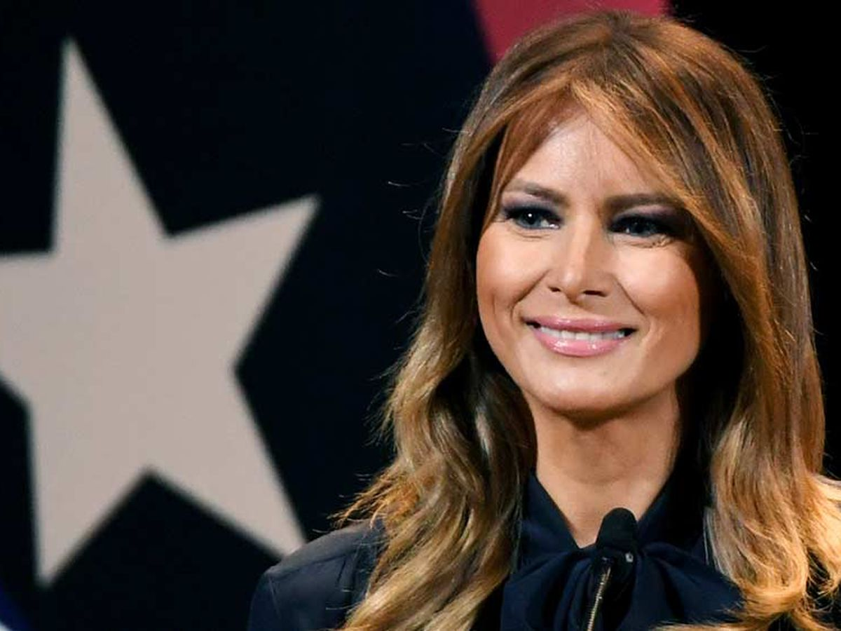 First lady Melania Trump honored with 'Woman of Distinction' award
