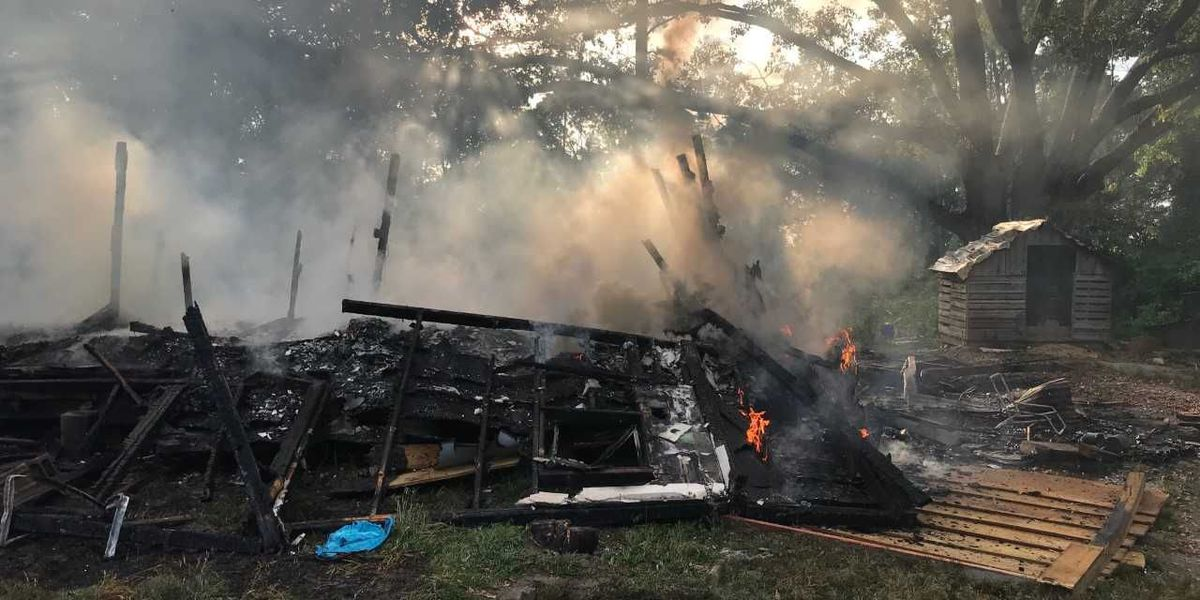 Authorities investigating suspicious house fire in Lamar Co.