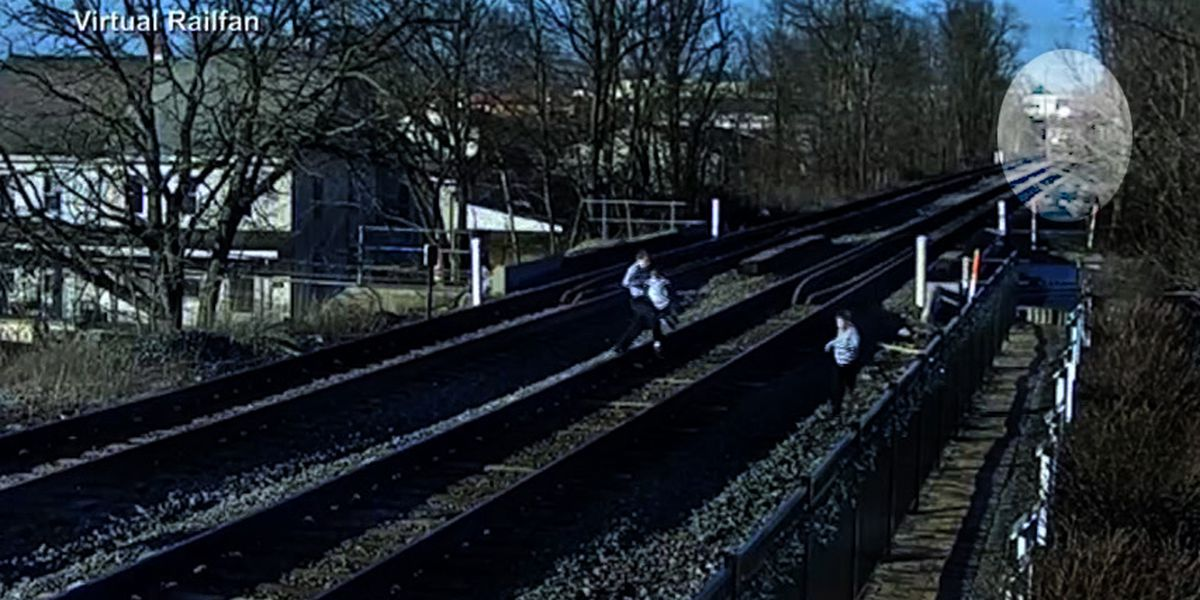 Pa. family's close call with train caught on camera