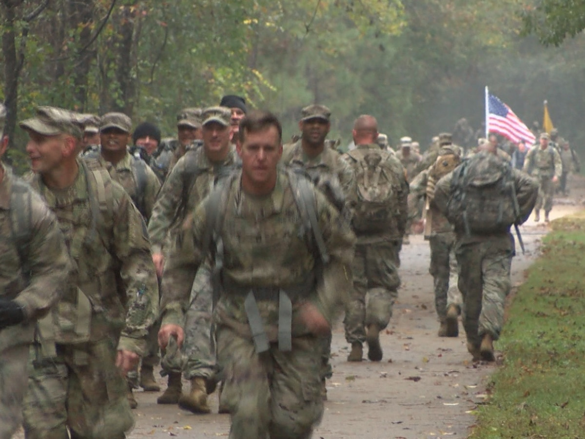Shelby Army brigade donates food during benefit ruck march
