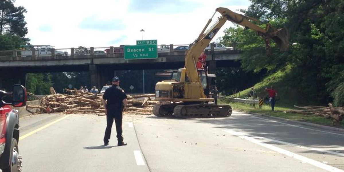 UPDATE: Interstate re-opened after 18-wheeler accident