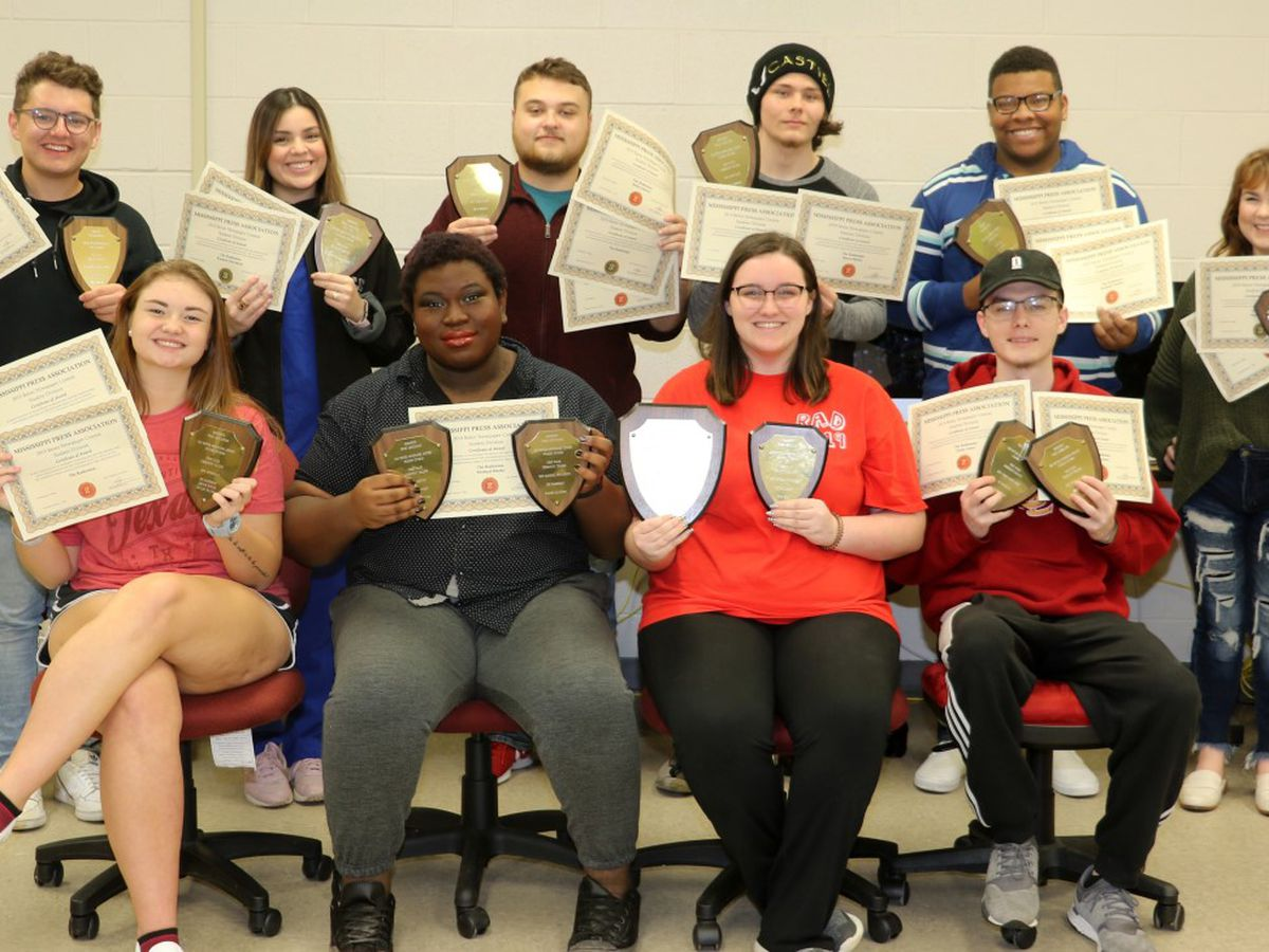 JC's Radionian recognized for receiving awards in newspaper contest