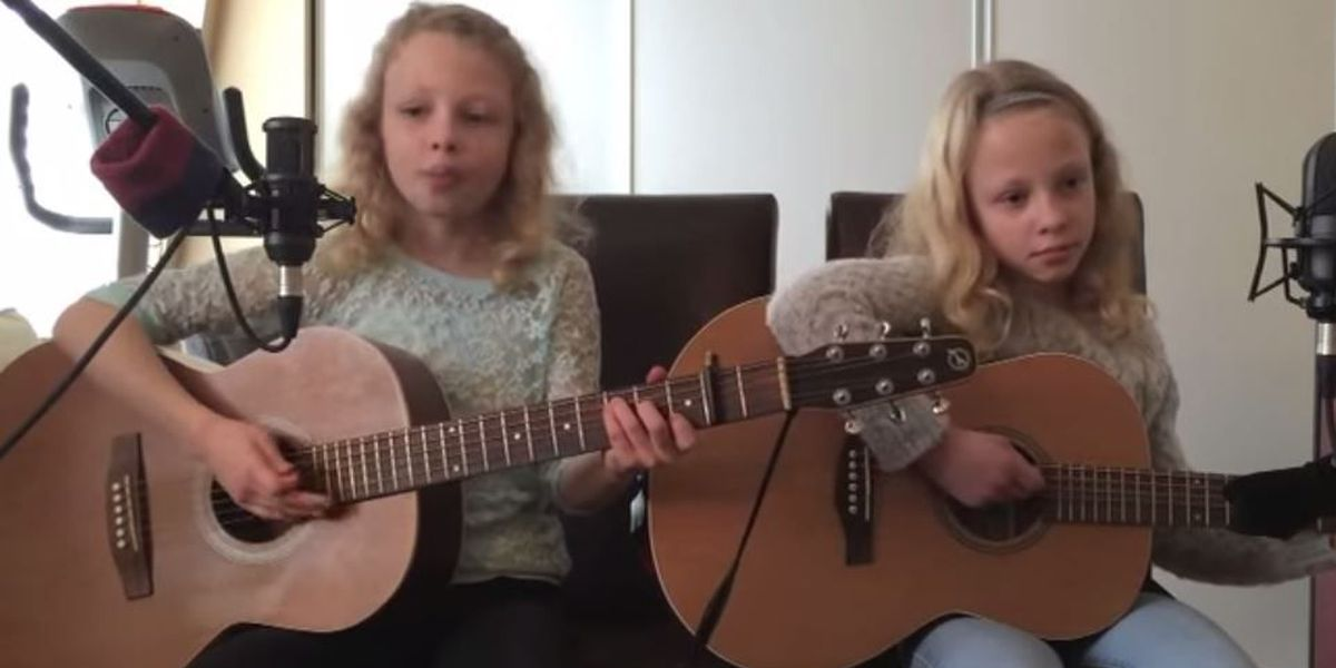 VIDEO: Sisters sing incredible cover of Jason Mraz