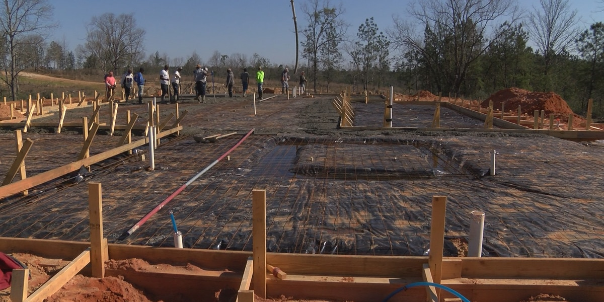 Armorbearers helping build new home for disabled Forrest County veteran