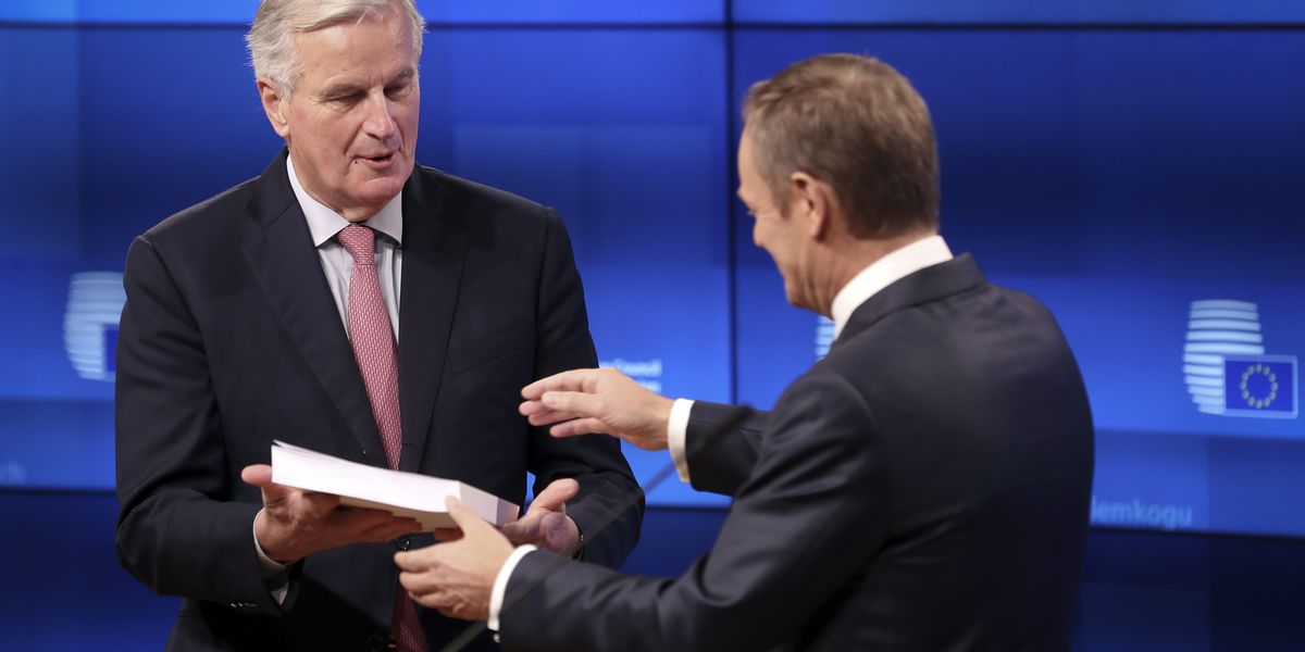 EU and Britain start on campaign to sell Brexit deal