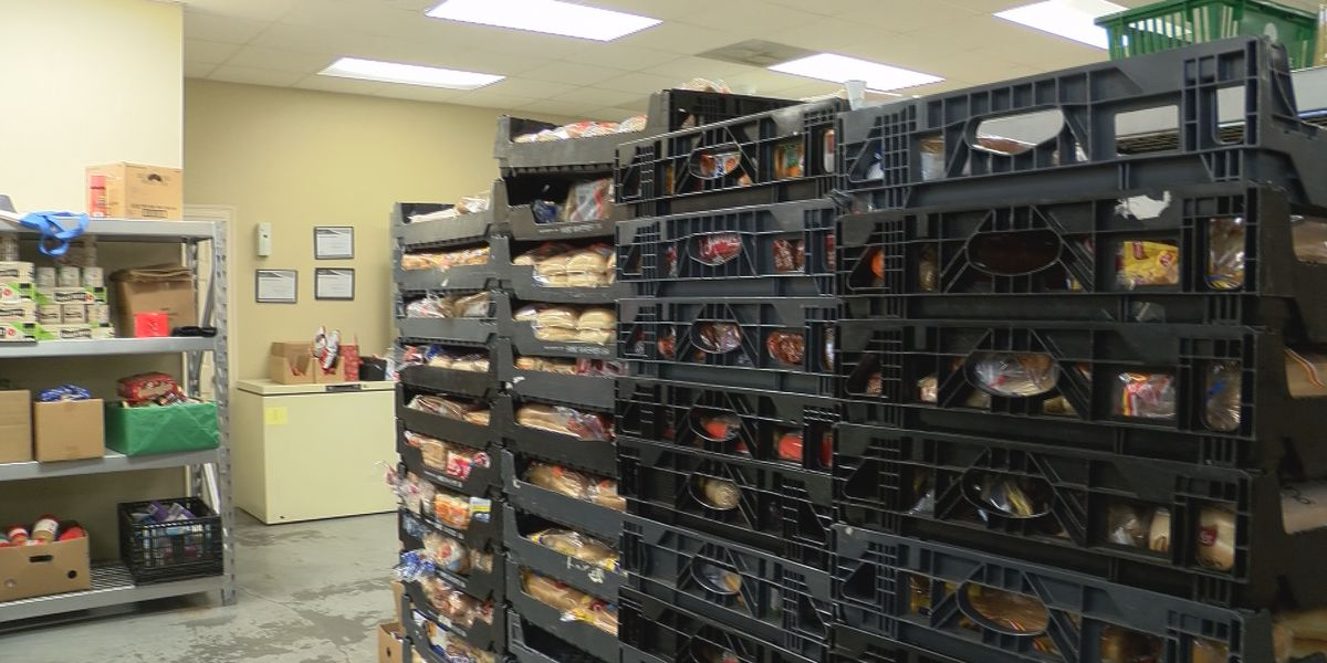 Food pantry encourages people to donate