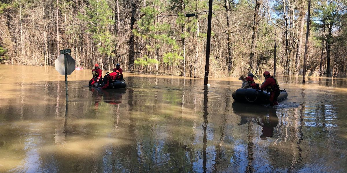 Mississippi Urban Search and Rescue Task Force assists people impacted by Pearl River flooding