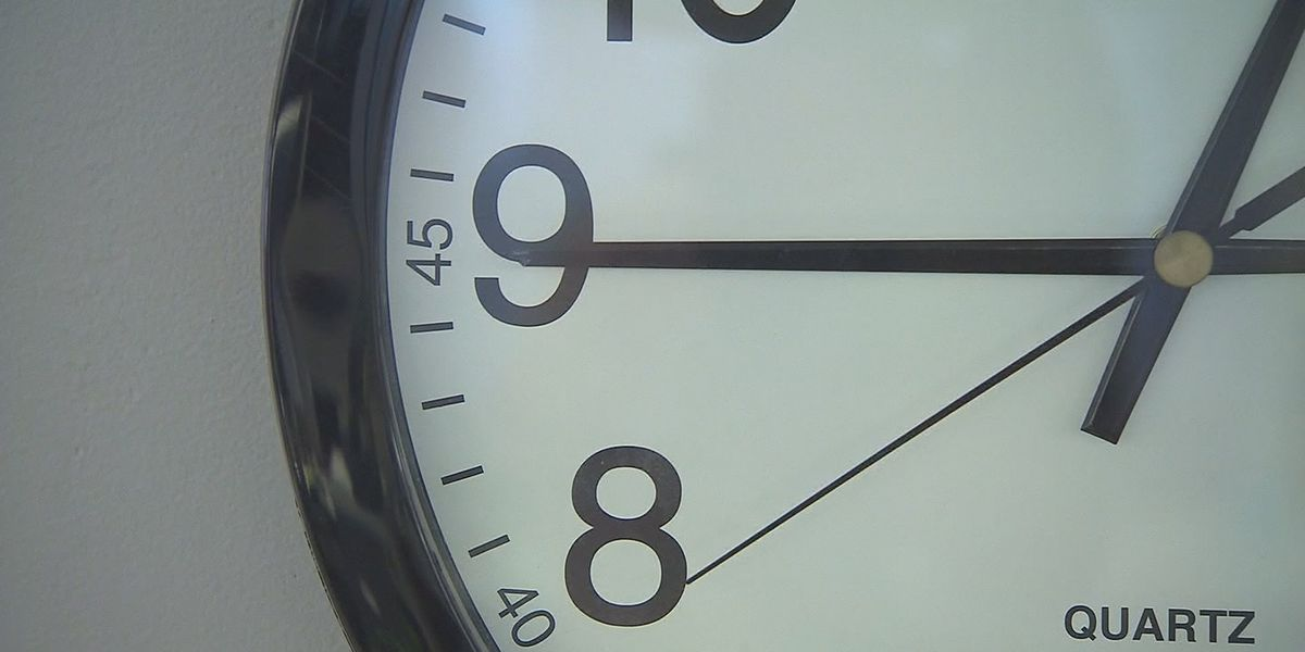 Tennessee House OKs bill to keep daylight saving year-long