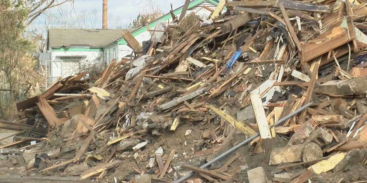 FEMA debris removal period ends