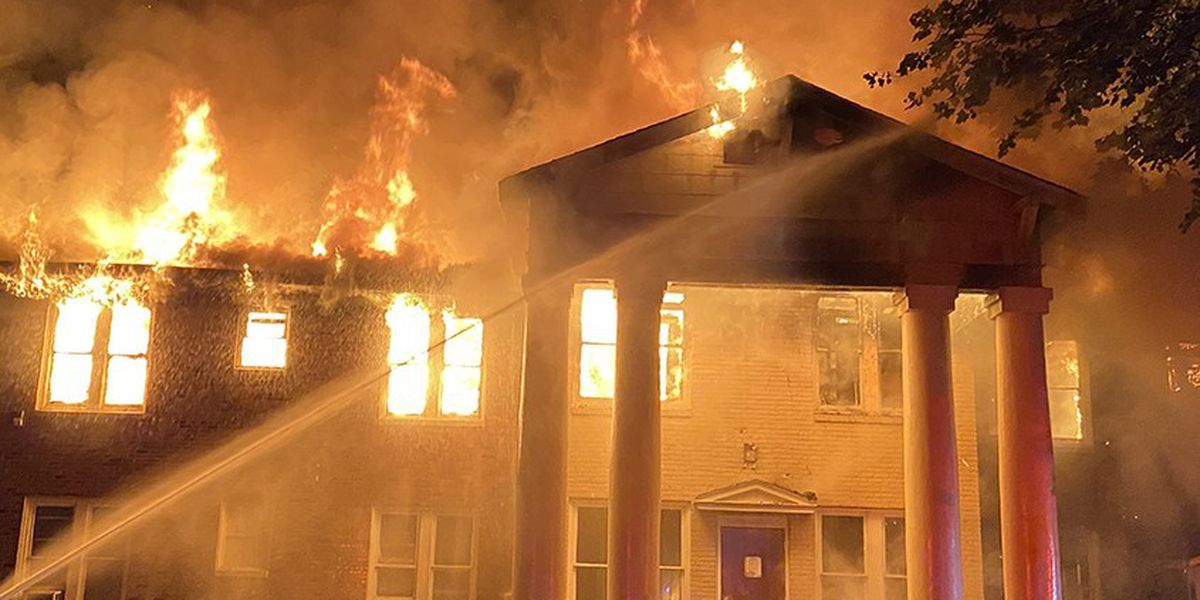Century-old Magee hotel catches fire, burns to the ground
