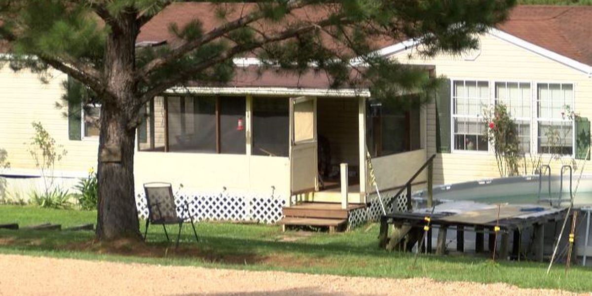 10-year-old boy dies in murder-suicide