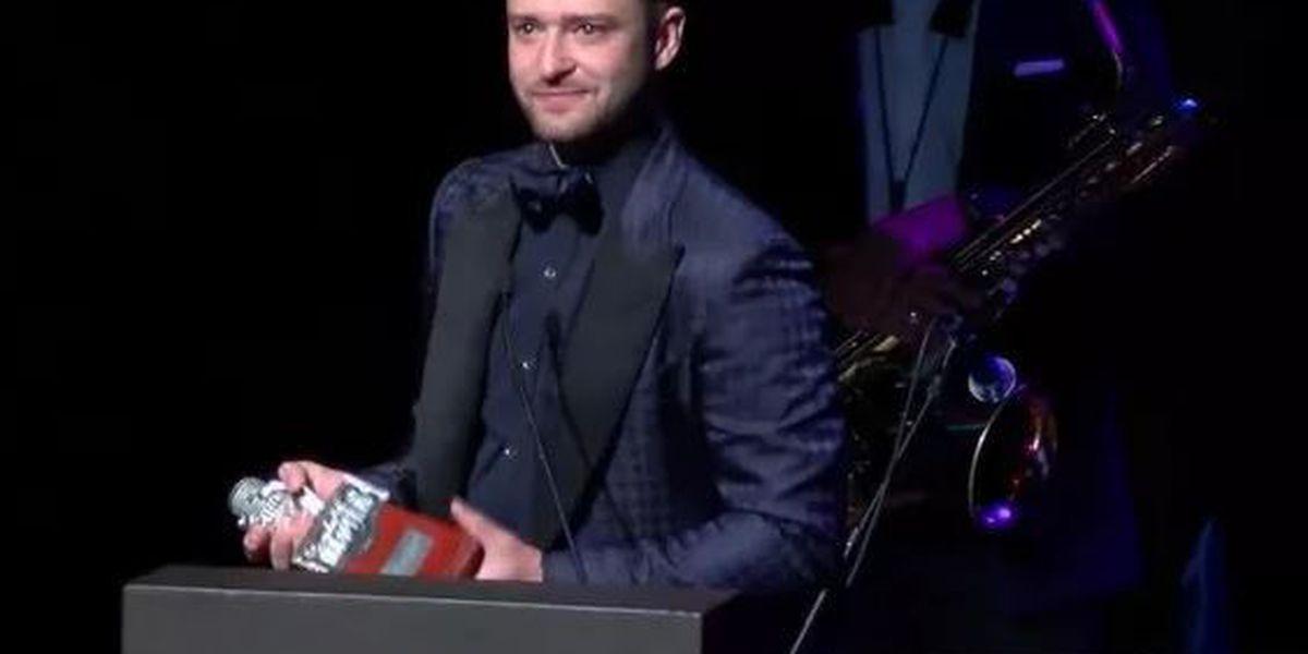 Justin Timberlake gives impromptu performance on Beale Street
