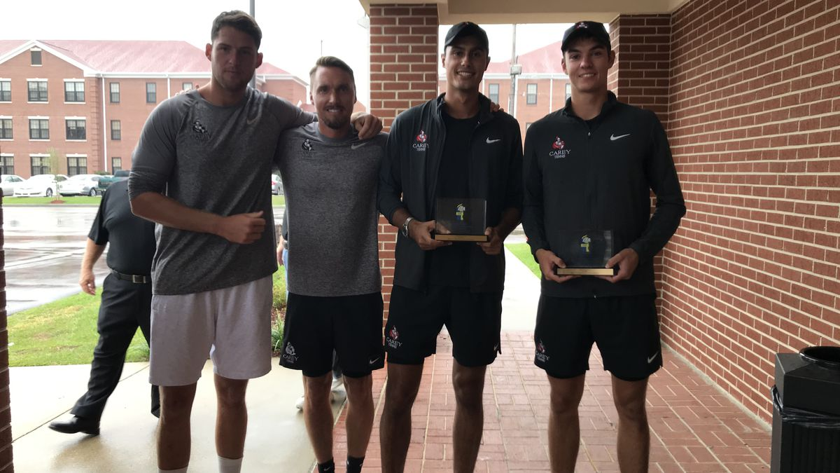 Freshmen tennis stars steal the court in national title