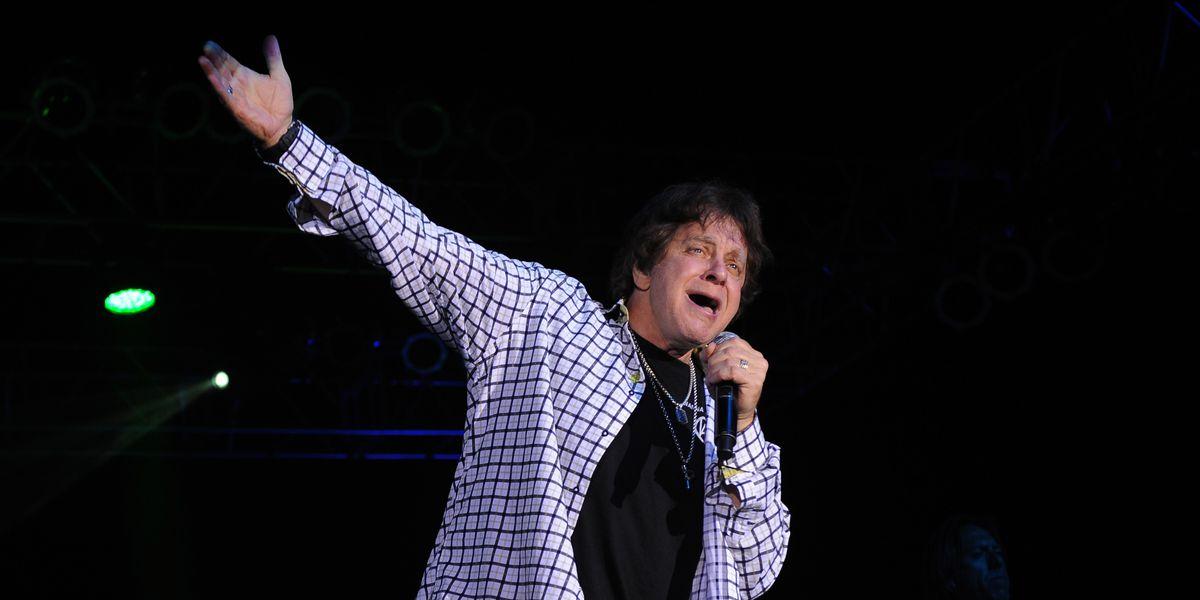 Singer Eddie Money dies of esophageal cancer at 70