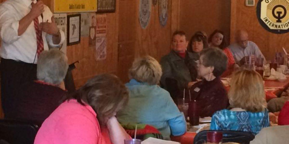 Miss. GOP chairman Nosef speaks to Forrest-Lamar Republican Women