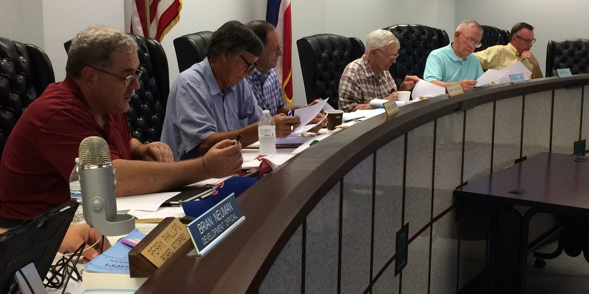Lamar Planning Commission forwards zoning request without recommendation