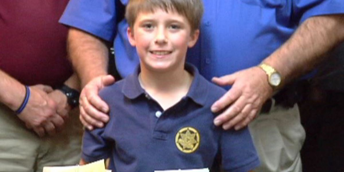 Pine Belt boy gives 'survival kits' to local law enforcement