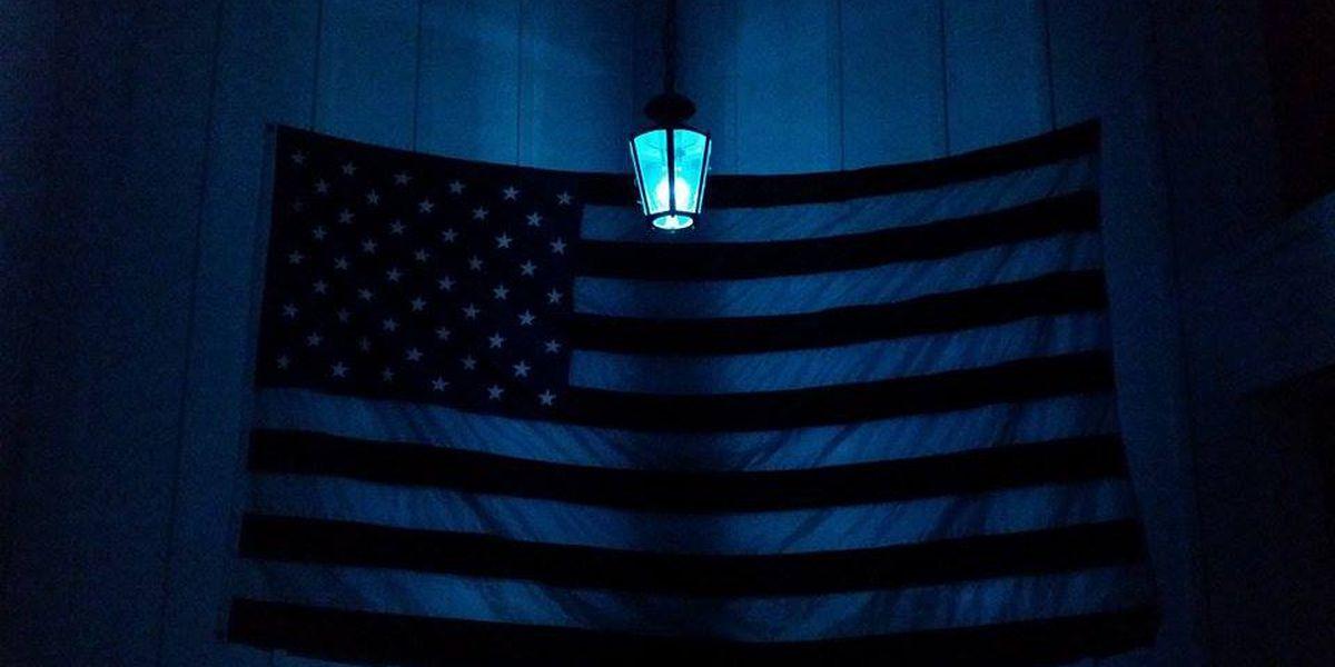 Hattiesburg glows blue in solidarity for fallen officers
