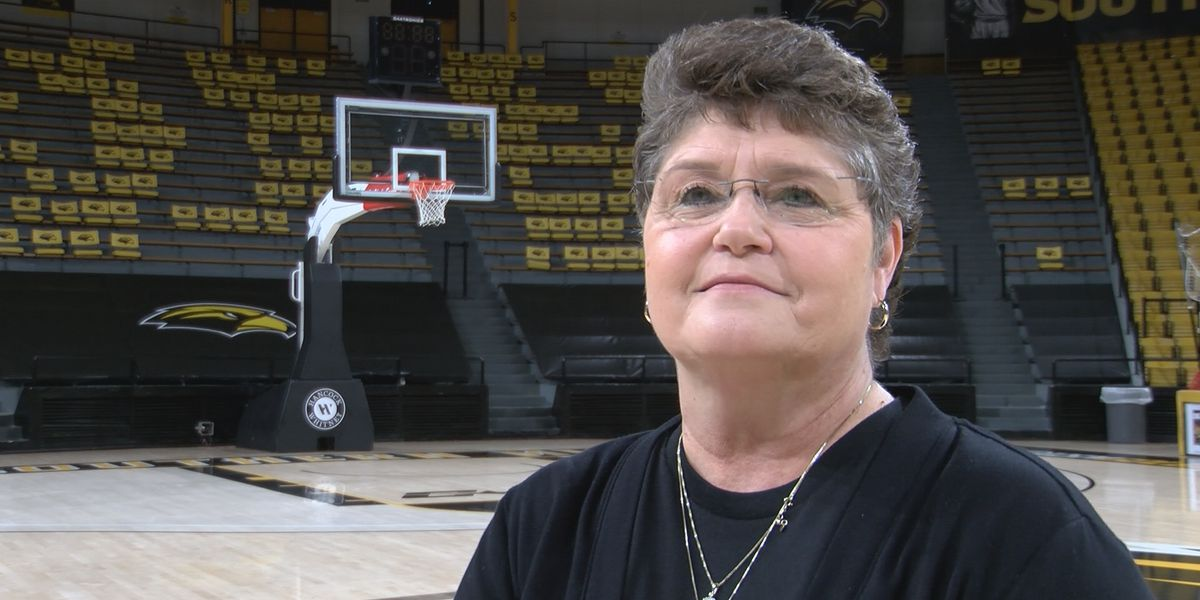 USM's Joye Lee-McNelis making an impact and coaching through cancer