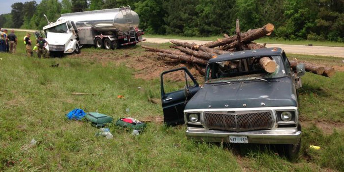 UPDATE: One dead after 18-wheeler accident in Forrest County