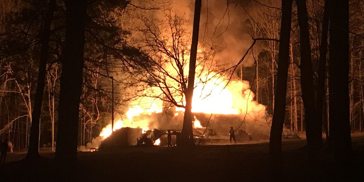 Jones Co. firefighters help put out log cabin fire in Jasper Co.