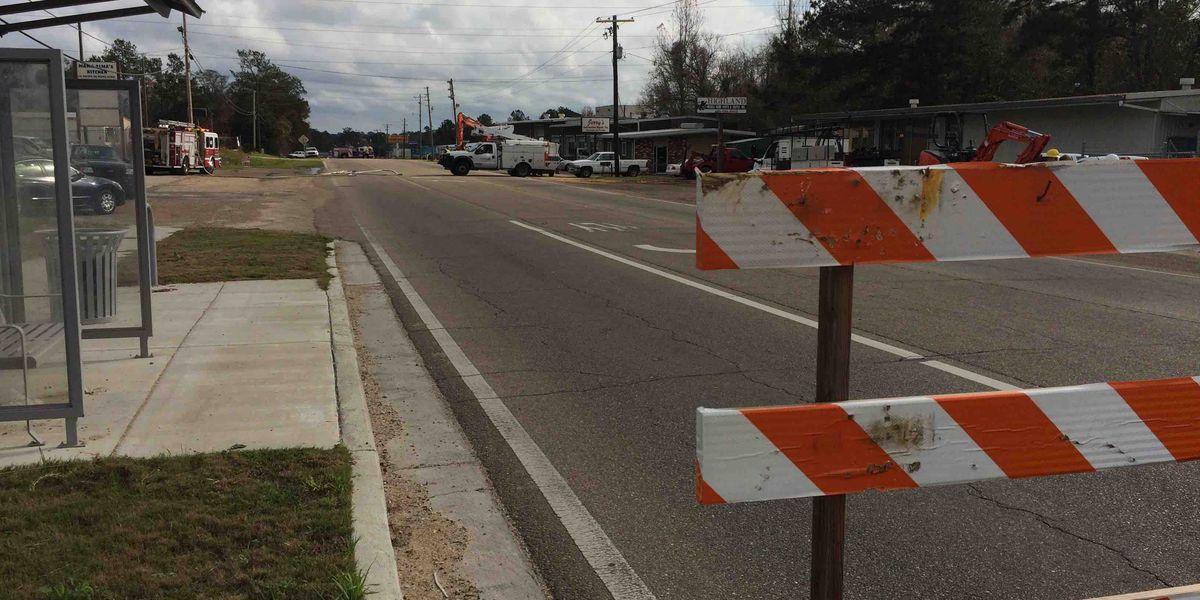 UPDATE: Hattiesburg road reopens after gas line ruptures
