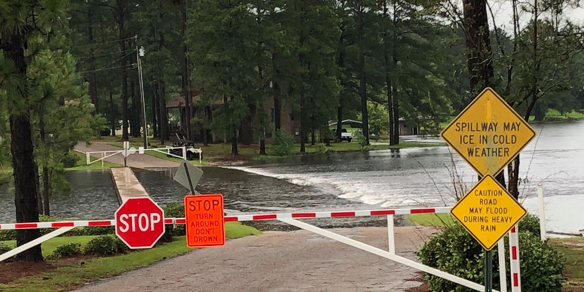 Spillways in Lamar County closed due to flooding