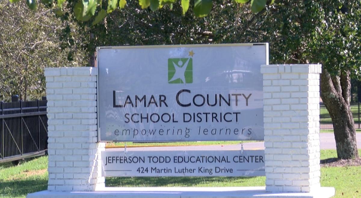 Lamar County School District receives Chromebooks