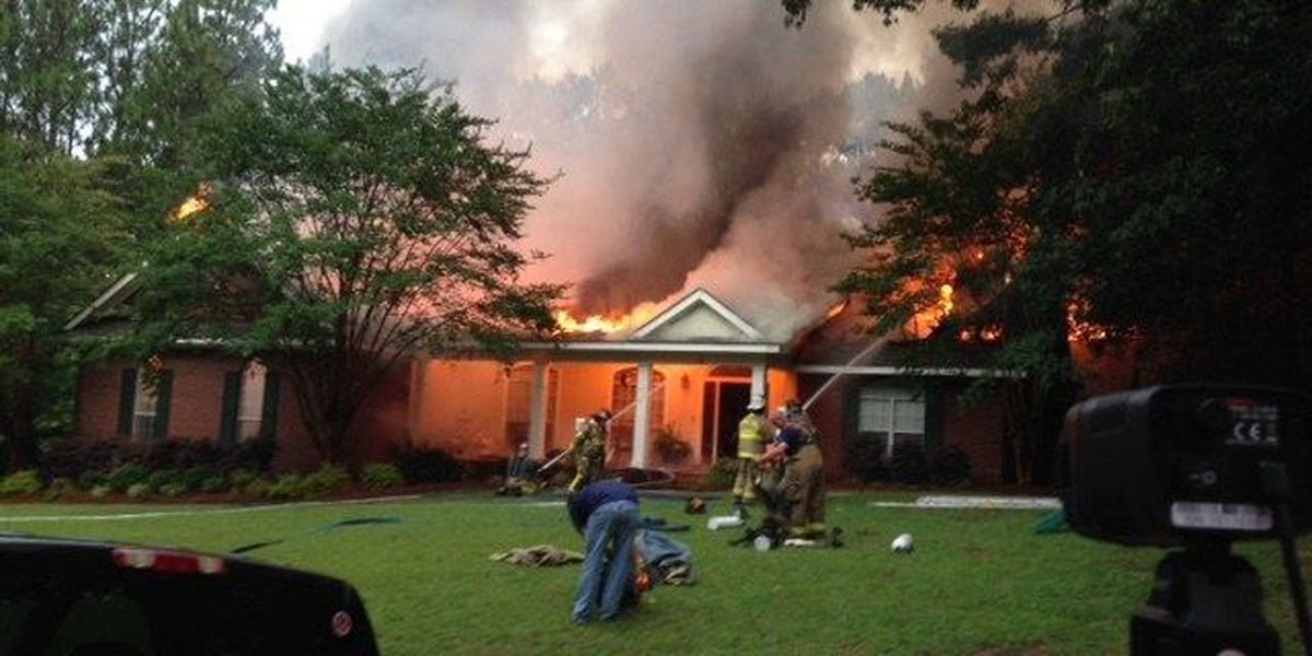 Lamar County home struck by lightning, destroyed by fire